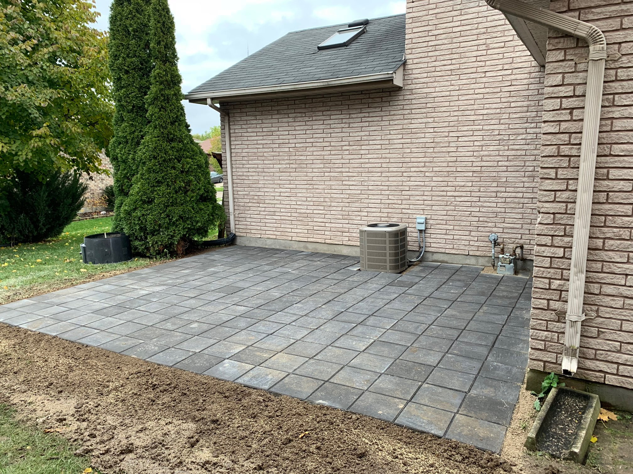 new hardscape backyard patio